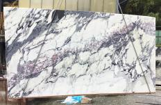 Fourniture dalles sciées 2 cm en marbre naturel breccia capraia 1282. Détail image photos