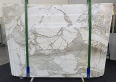 Fourniture dalles brillantes 2 cm en marbre naturel CALACATTA MACCHIA ANTICA 1311. Détail image photos