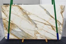 Fourniture dalles brillantes 2 cm en marbre naturel CALACATTA MACCHIAVECCHIA 1272. Détail image photos