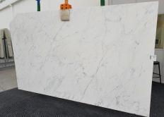 Fourniture dalles polies 2 cm en marbre naturel CALACATTA MIELE 1303. Détail image photos