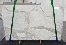 Fourniture dalles brillantes 2 cm en marbre naturel CALACATTA ORO 1238. Détail image photos