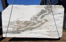 Fourniture dalles sciées 2 cm en marbre naturel CALACATTA VAGLI U0434. Détail image photos