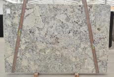 Fourniture dalles brillantes 3 cm en granit naturel DELICATUS 699. Détail image photos