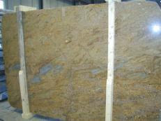Fourniture dalles brillantes 2 cm en granit naturel GOLDEN OAK CV1_GOOA25. Détail image photos