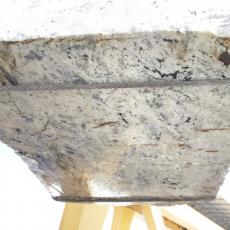 Fourniture blocs bruts 88.9 cm en labradorite naturelle LABRADORITE BIANCA GL D190308. Détail image photos