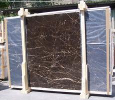 Fourniture dalles brillantes 2 cm en marbre naturel NOIR SAINT LAURENT E-NSL14745. Détail image photos