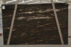 Fourniture dalles brillantes 3 cm en granit naturel ORION 2424. Détail image photos