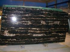 Fourniture dalles brillantes 2 cm en marbre naturel PORTORO EXTRA SR-2010017. Détail image photos