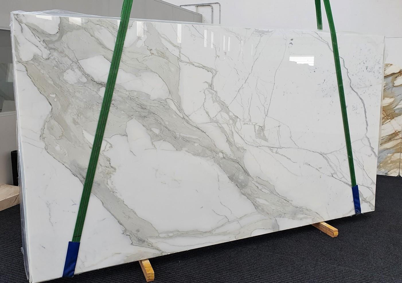 CALACATTA ORO EXTRA Fourniture Veneto (Italie) d' dalles brillantes en marbre naturel 1366 , Slab #54