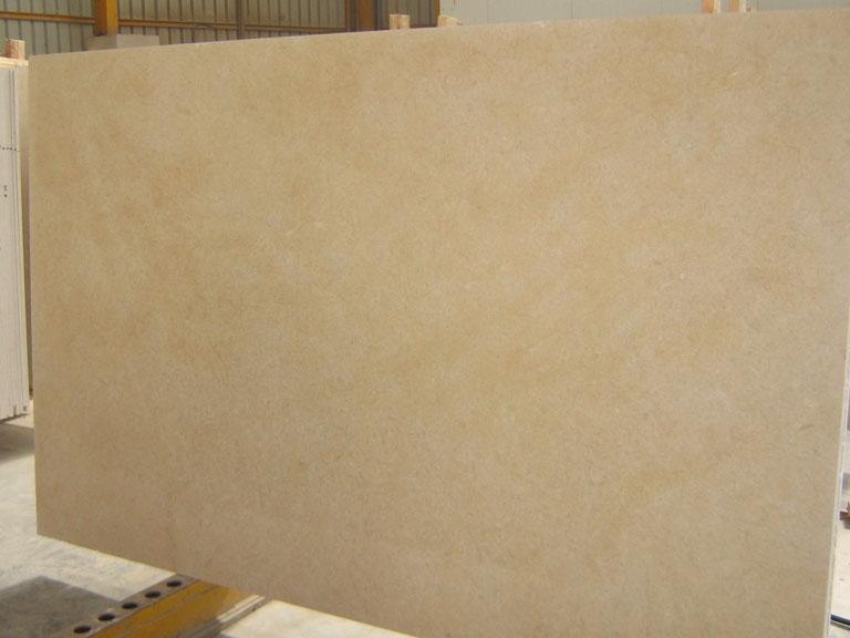 HALILA GOLD JS5551 Fourniture (Israél) d' dalles polies en calcaire naturel J_07066