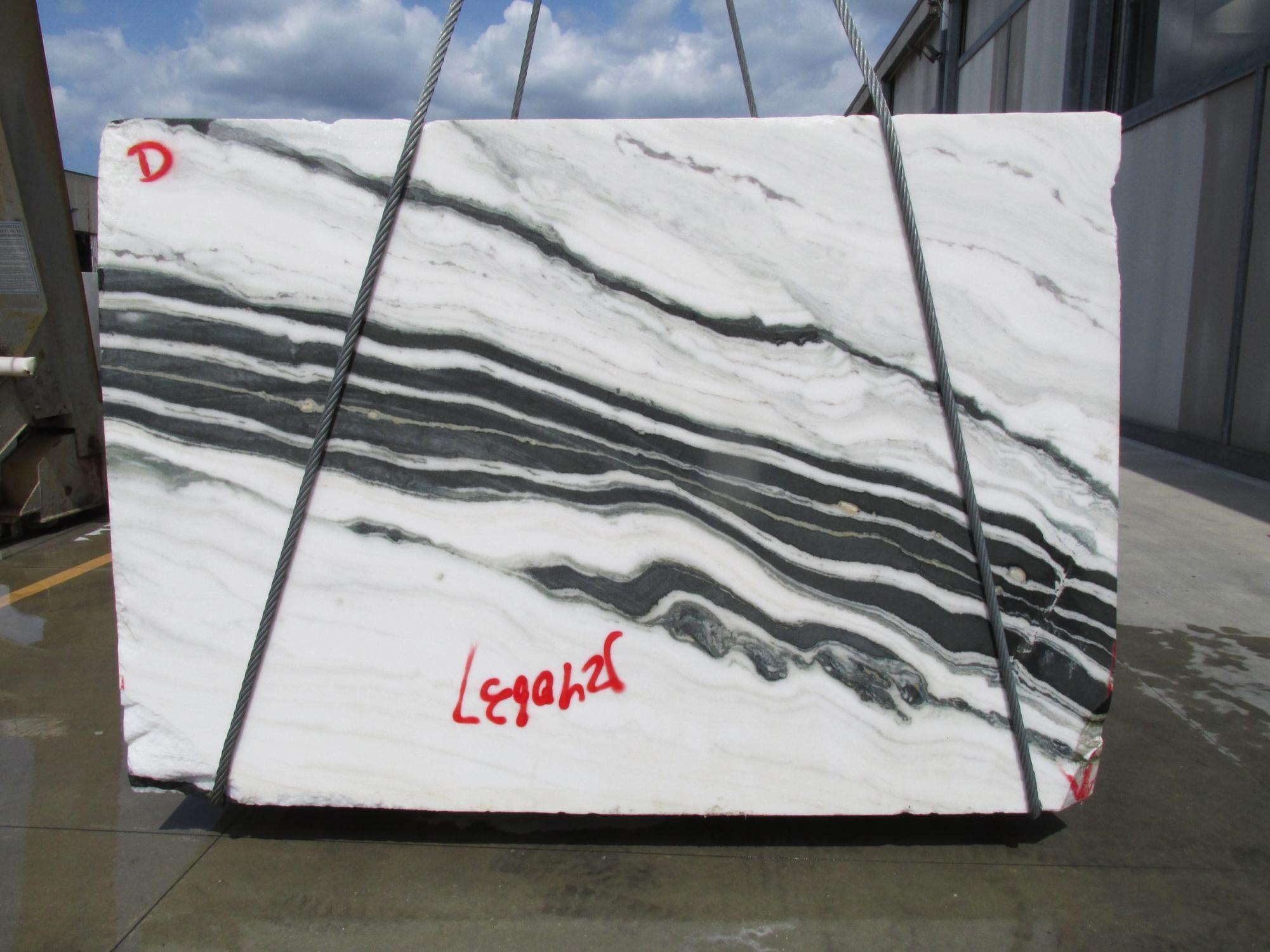PANDA Fourniture Veneto (Italie) d' blocs bruts en marbre naturel 1771M , Face D