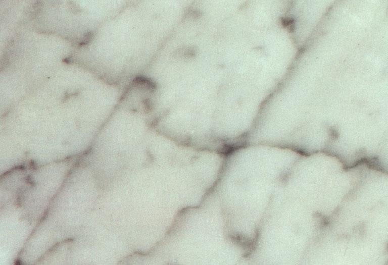 Détaille technique: ULIANO VENATO, marbre naturel brillant italien