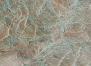 Détaille technique: ALEXANDRITE, quartzite naturel brillant brésilien